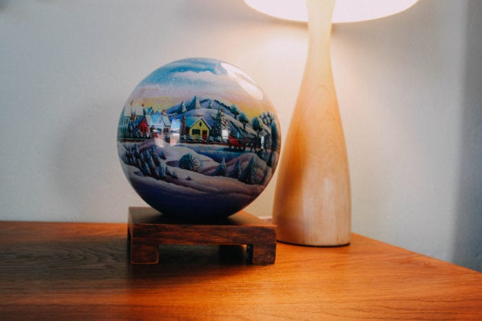 decorate with MOVA Globe