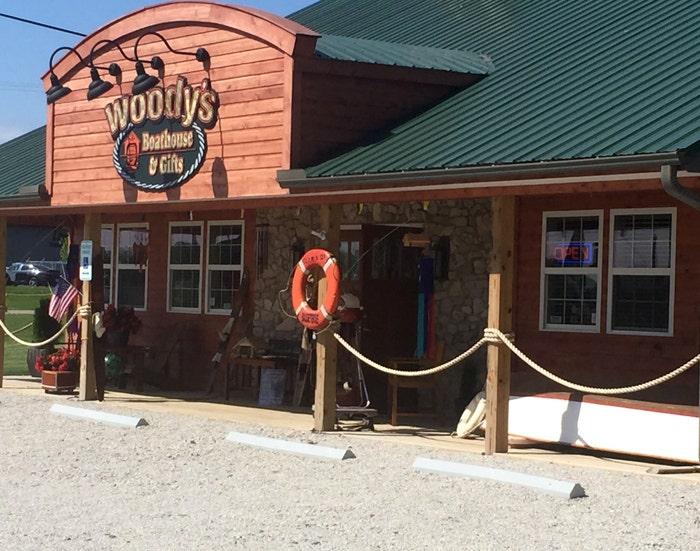 Woodys Spotlight 5