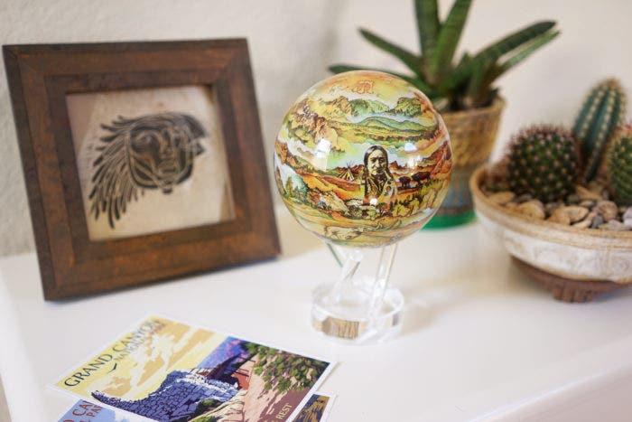 Black Hills mova globe