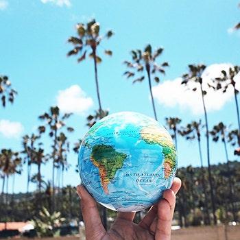 Relief maps mova globe