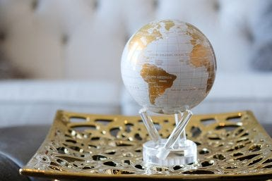 Introducing Our Newest Color Duo – White and Gold MOVA Globe