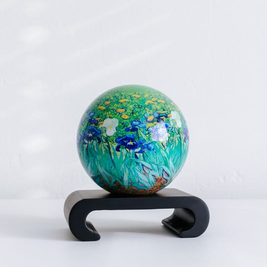 "Irises MOVA Globe 4.5"" with Arched Base Black"