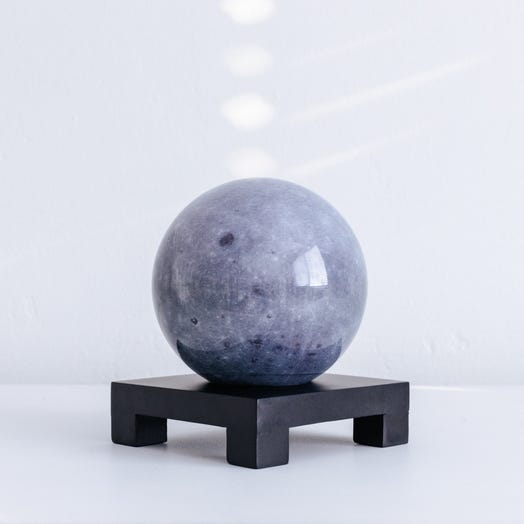 "Moon MOVA Globe 4.5"" with Square Base Black"