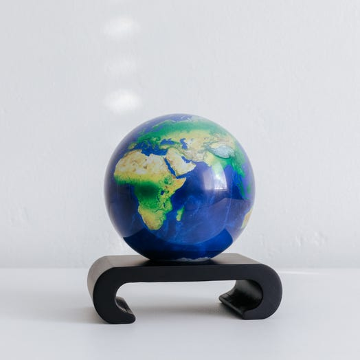 """Earth MOVA Globe 4.5"""" with Arched Base Black"""