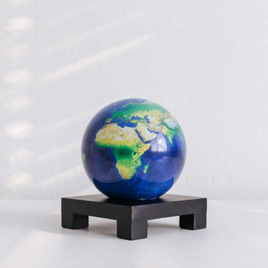 "Earth MOVA Globe 4.5"" with Square Base Black"