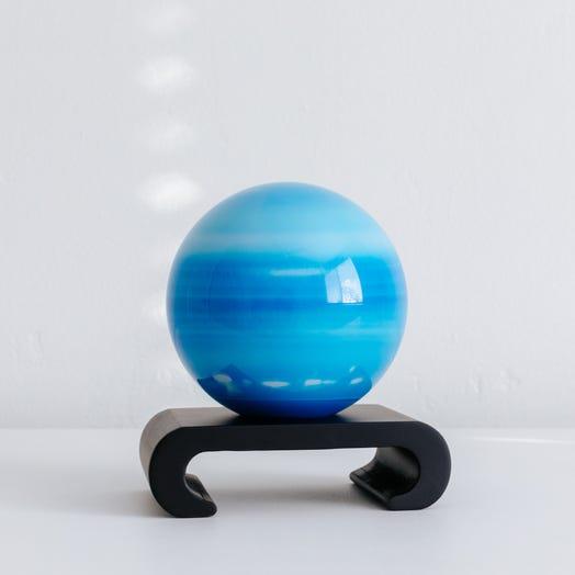 """Uranus MOVA Globe 4.5"""" with Arched Base Black"""