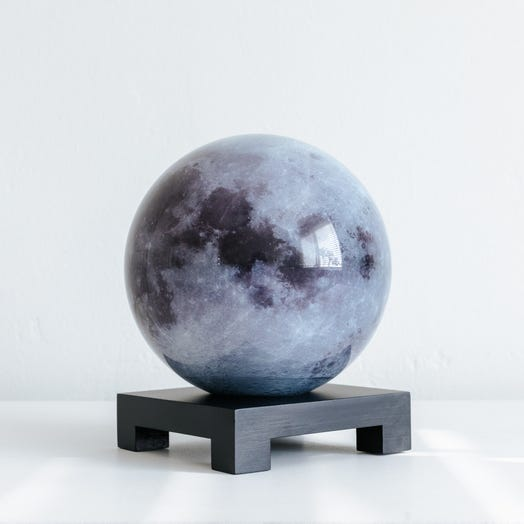 "Moon MOVA Globe 6"" with Square Base Black"